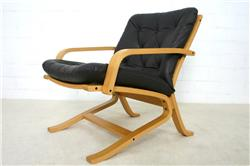 Dux-Lounge-Chair