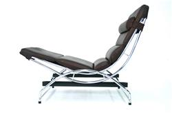 Swecco Relax Chair in Leather Chrome
